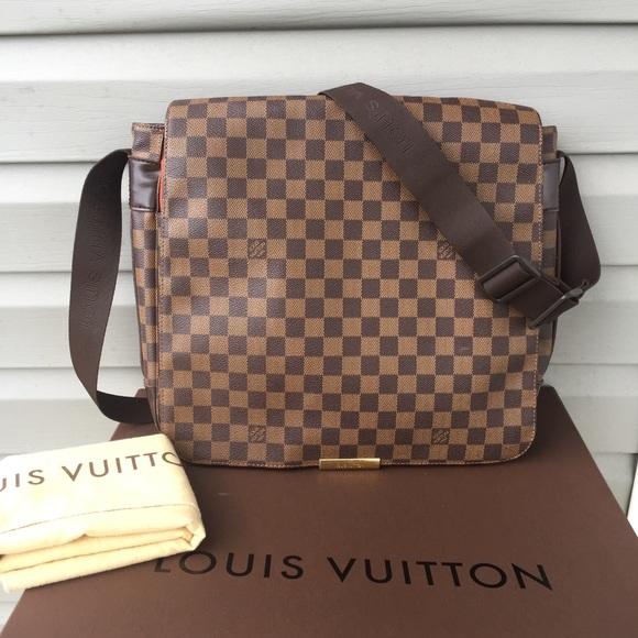 93055bc3c1b6 Louis Vuitton Handbags - 💯Authentic Louis Vuitton Damier Ebene Bastille